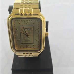 Other - Benrus Goldtone Watch